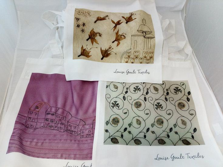 Tote bag printed with original artwork