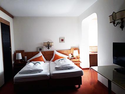 Hotel Telfer Lebensebenen Zi 1.jpg