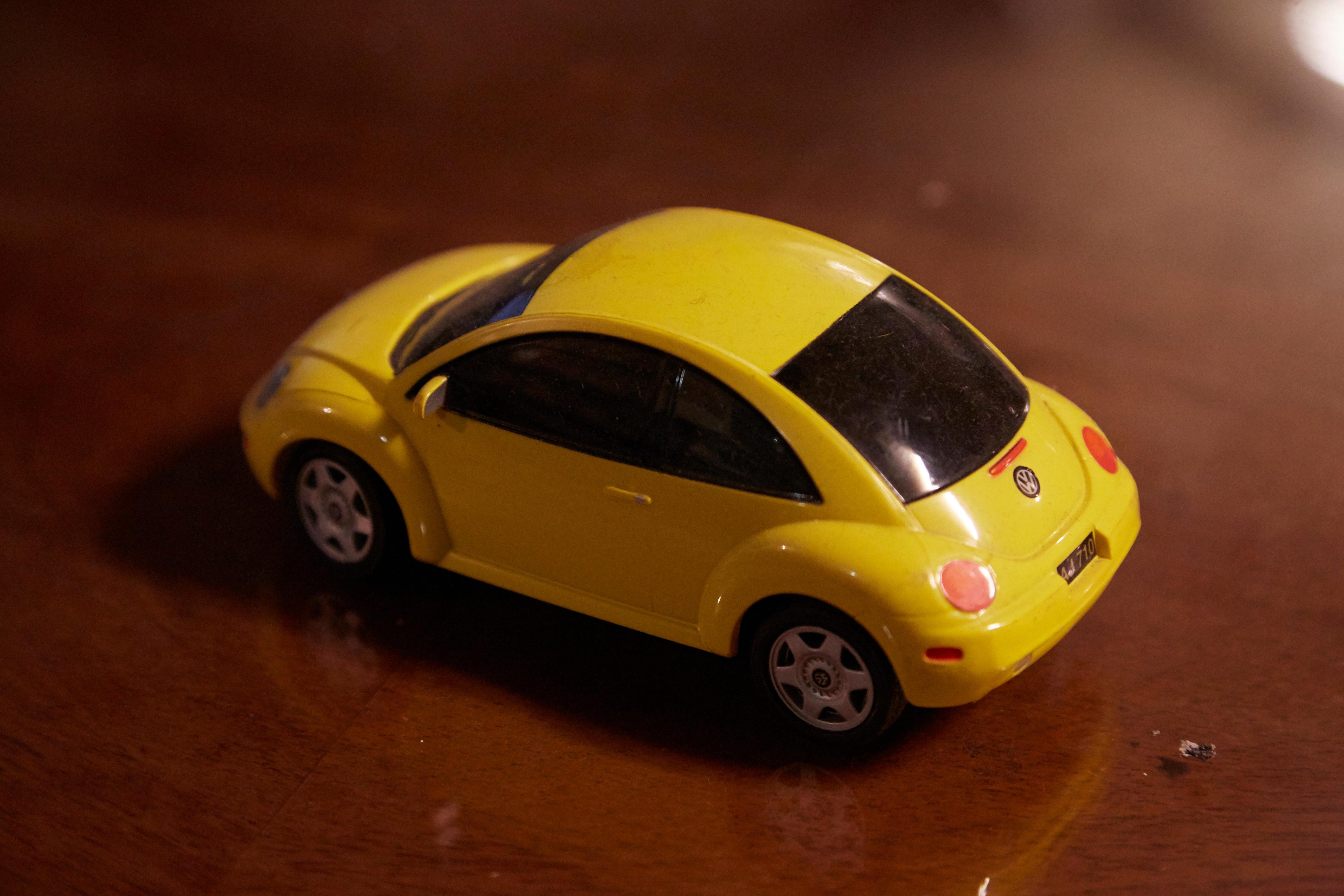 玩具クルマ01
