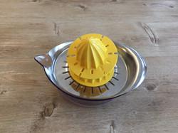 レモン絞り器