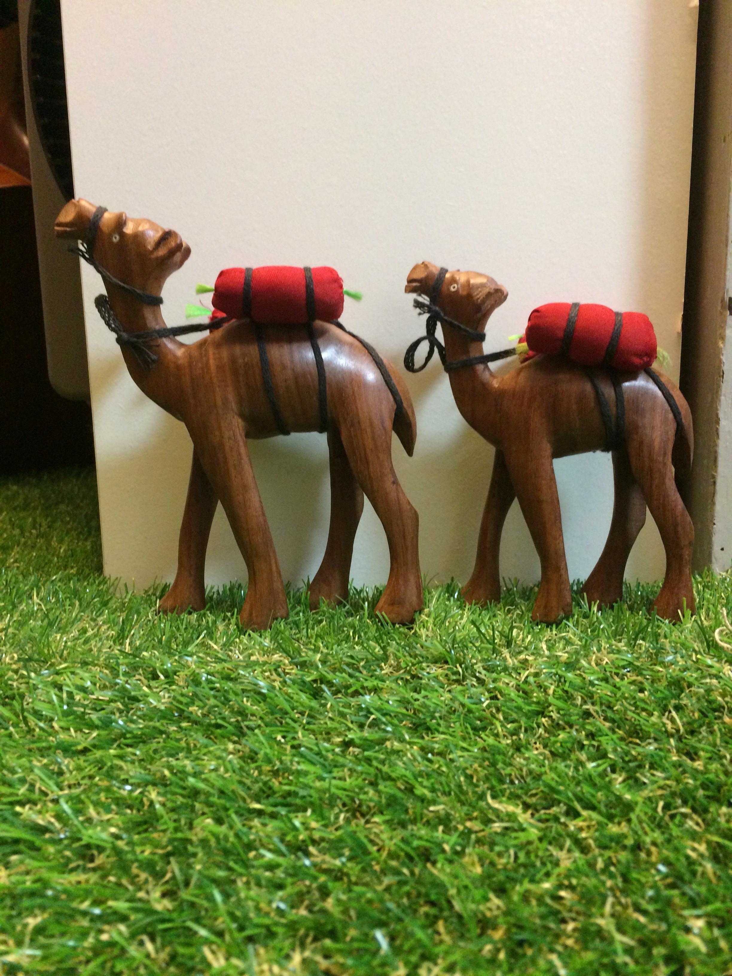 木玩具キャメル