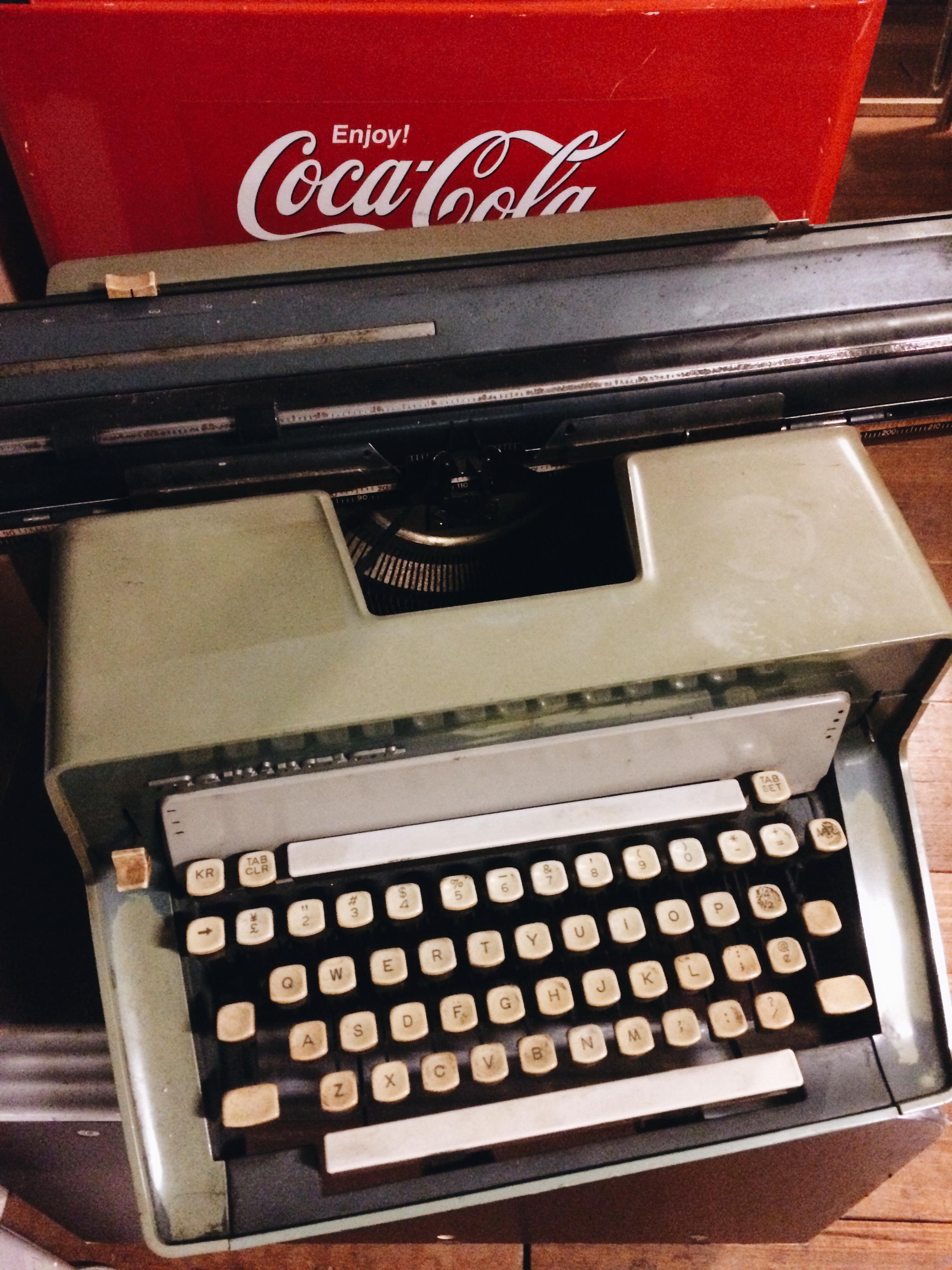 アンティータイプライター01