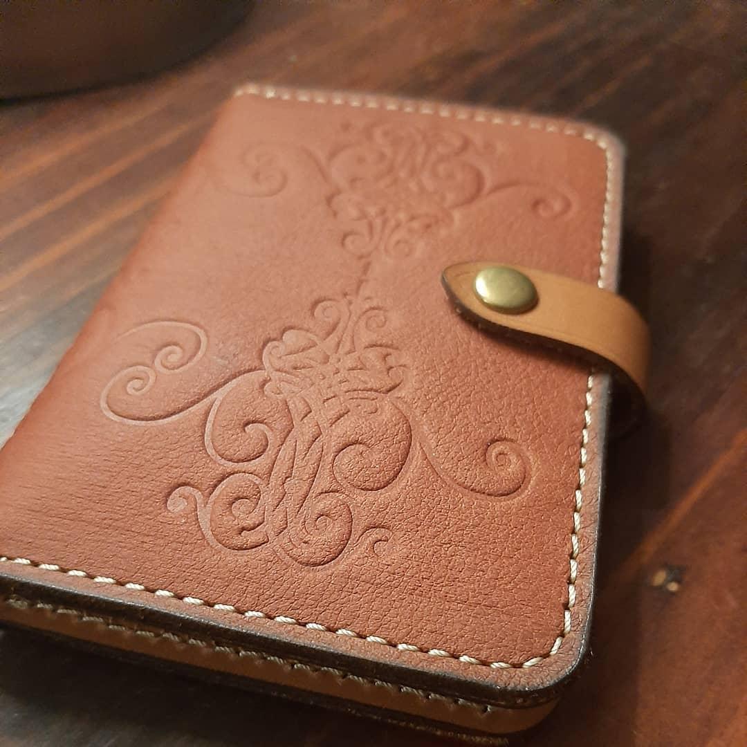 Moxie Wallet in Tan