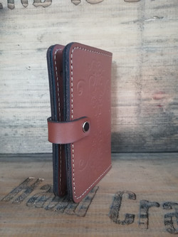 Side VIew - Vintage Wallet