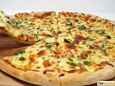 4-cheese-garlic-pizza.png