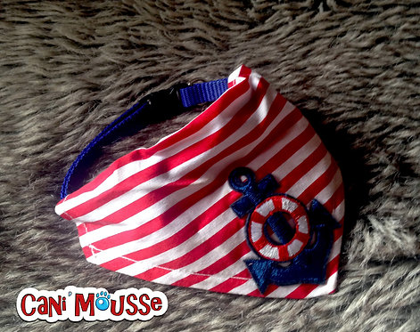 Collier bandana pour chien marin rayures rouges