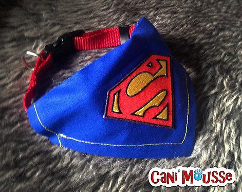 Collier bandana pour chien Superman
