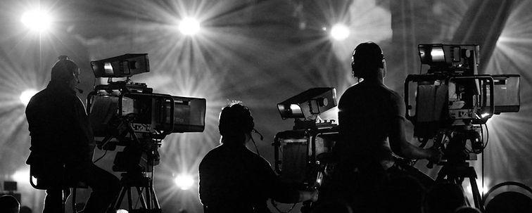film-production-on-set-2000x1200.jpg