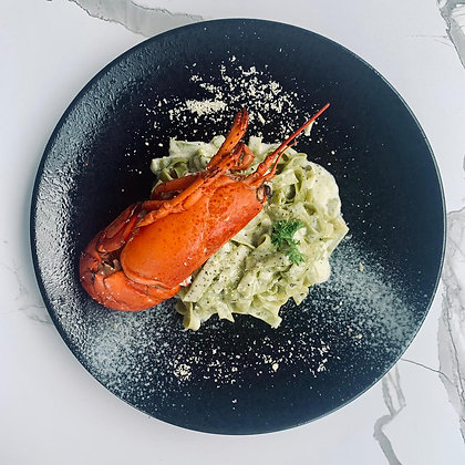 F - Half Lobster with Spinach Pasta