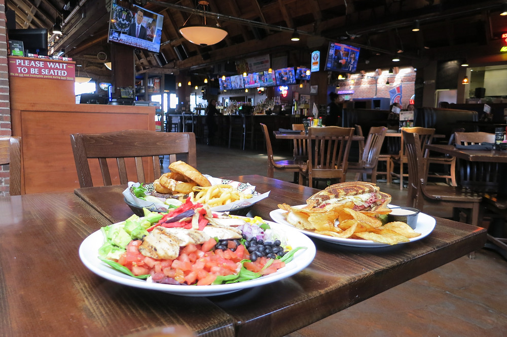 Best Restaurants near Coors Field - Blake Street Tavern has lots of room to sit!