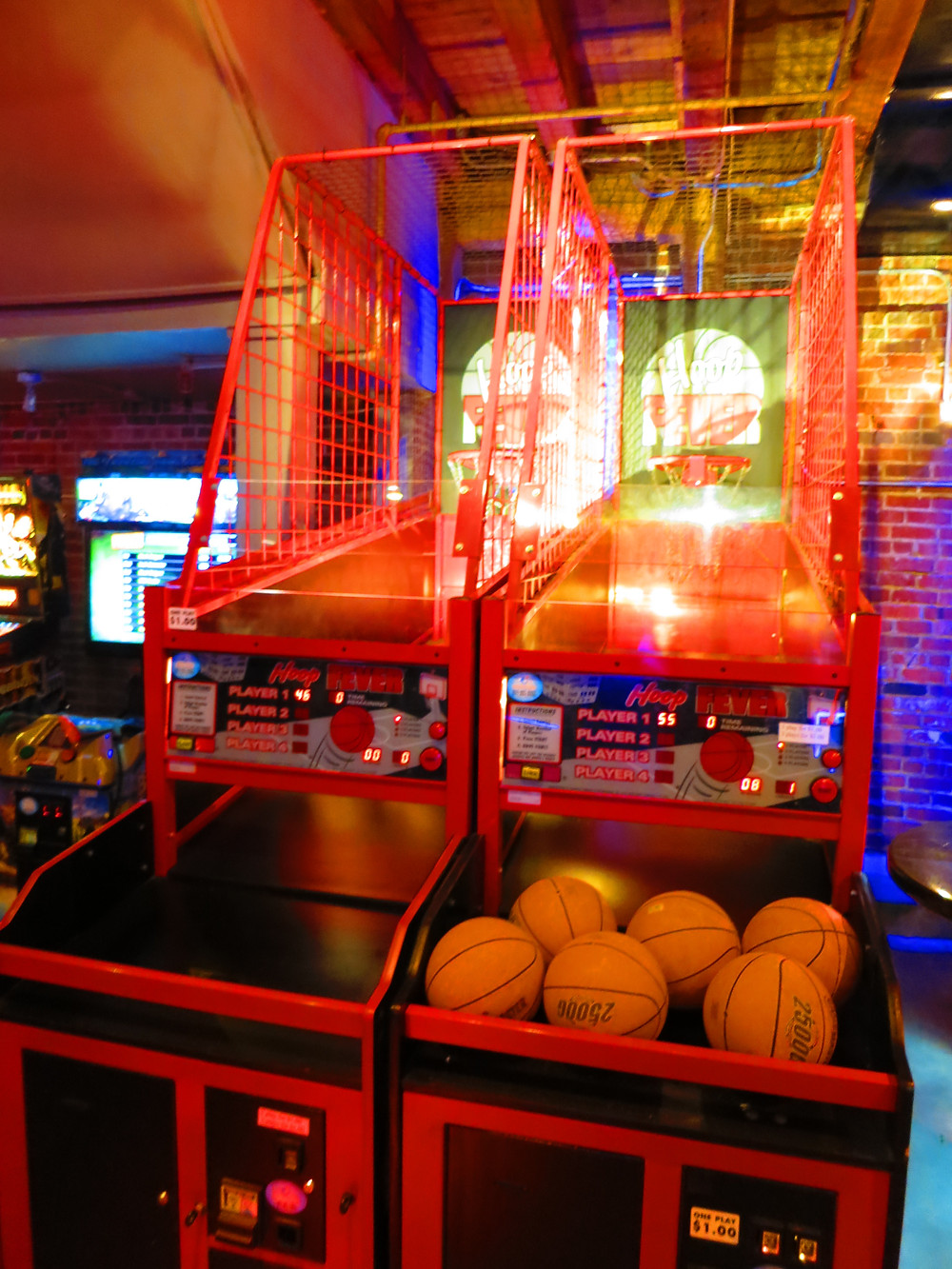 Denver Holiday Party Venues - Blake Street Tavern with games