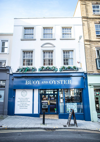 buoy and oyster margate .JPG
