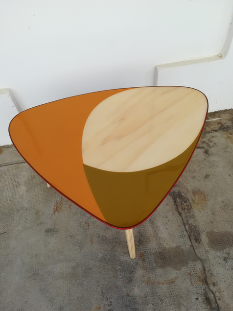 table appoint bois résine 6.jpg