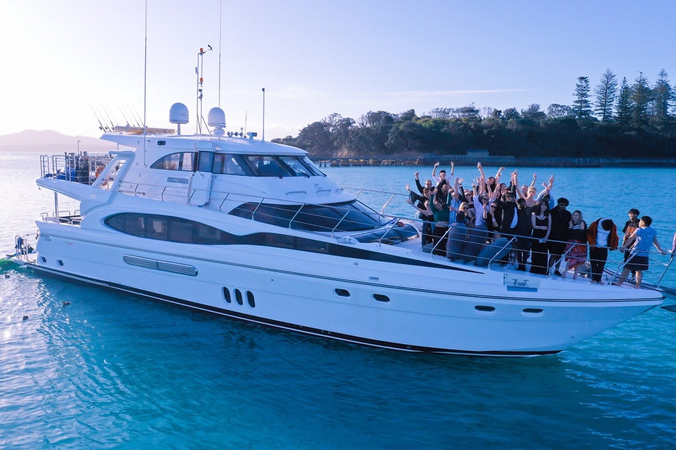 boat party auckland.JPG