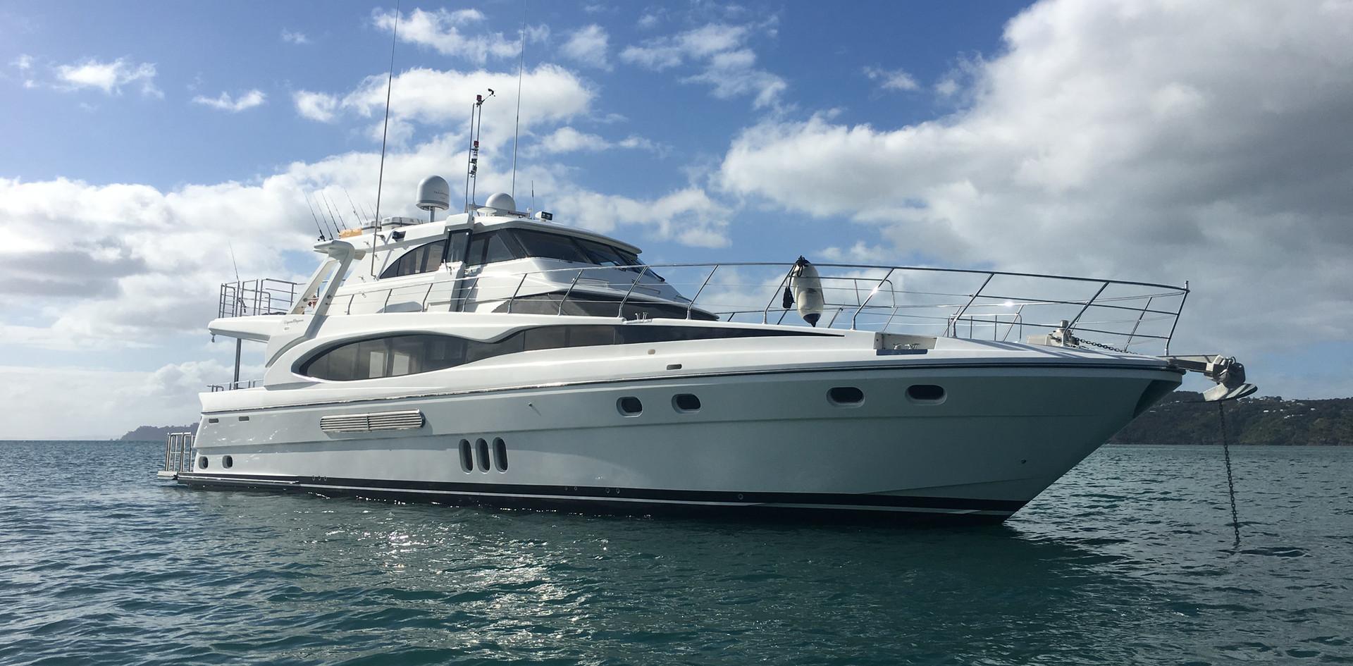 Tawaki Charter Boat