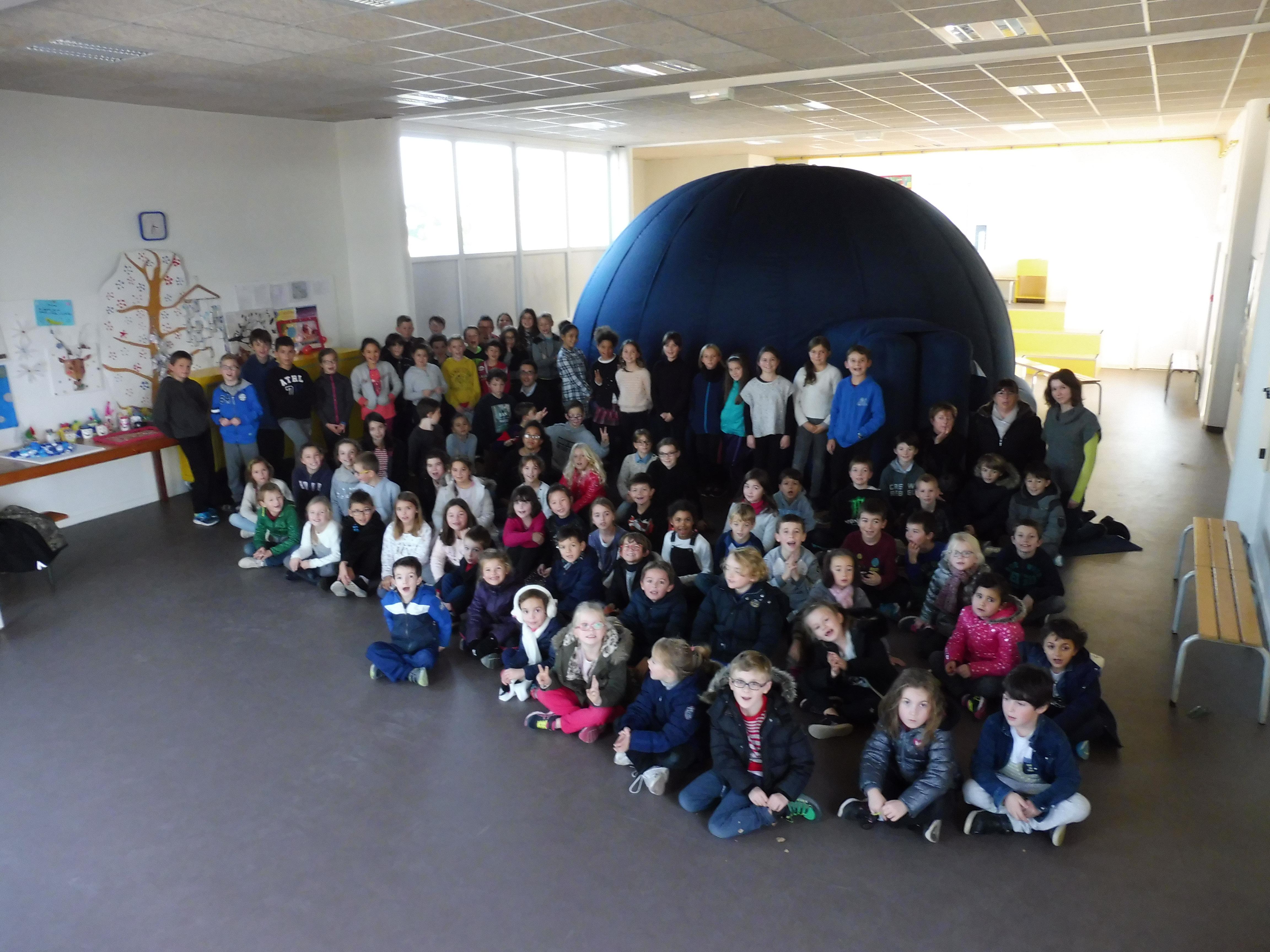 Planétarium itinérant école