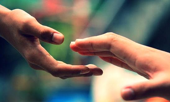 solidaridad-imagenes-manos-extendidas_ed
