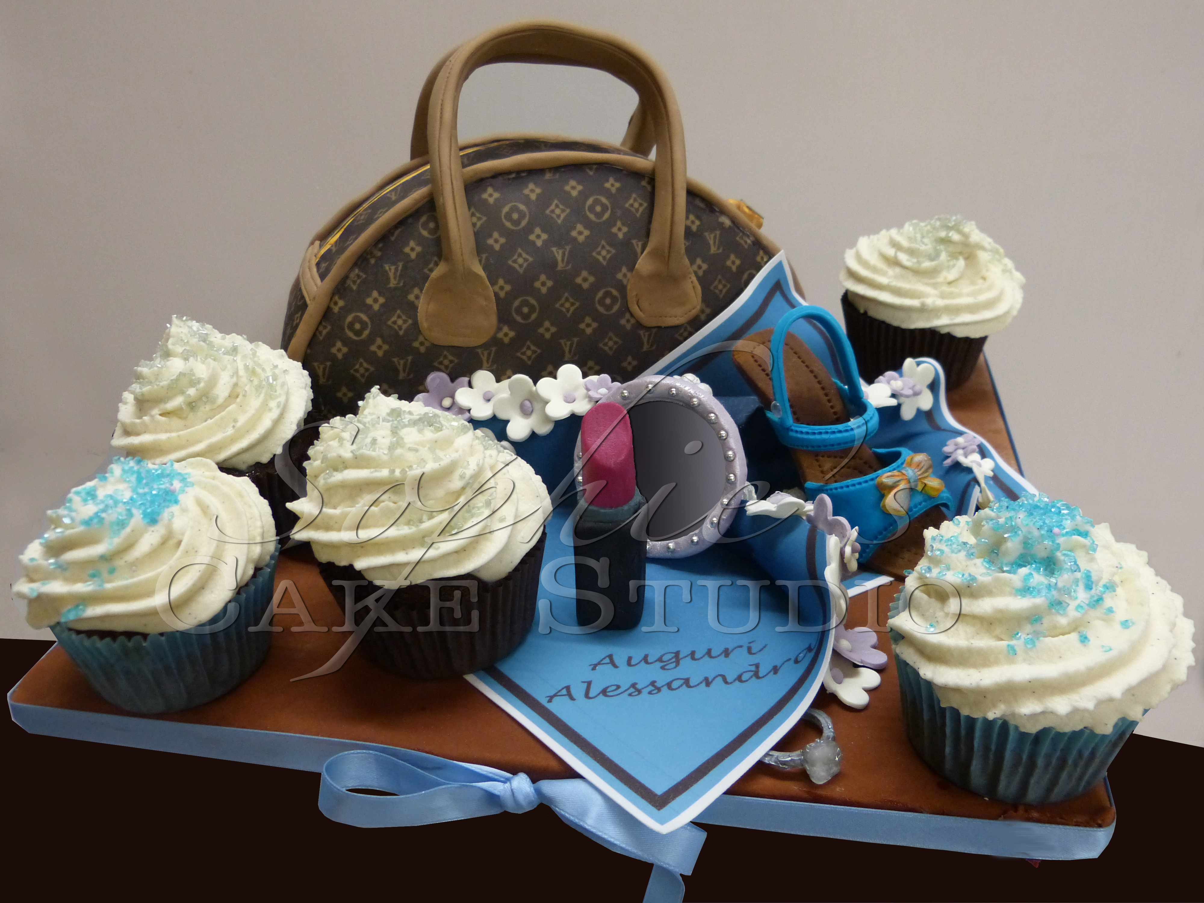 sac louis vuitton et cupcakes watermark.jpg
