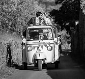 matrimonio in vespa.jpg