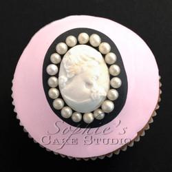 chanel cupcake2 watermark.jpg