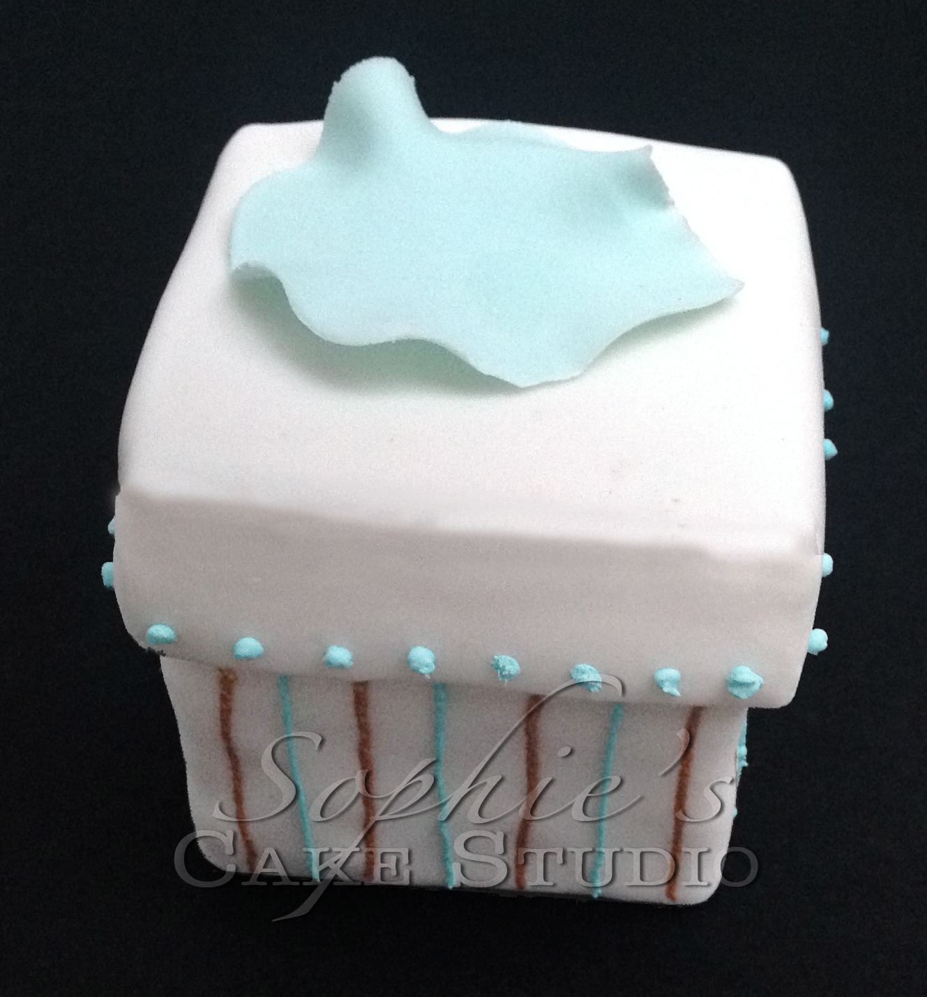 tiffany wedding cupcake5 watermark.jpg