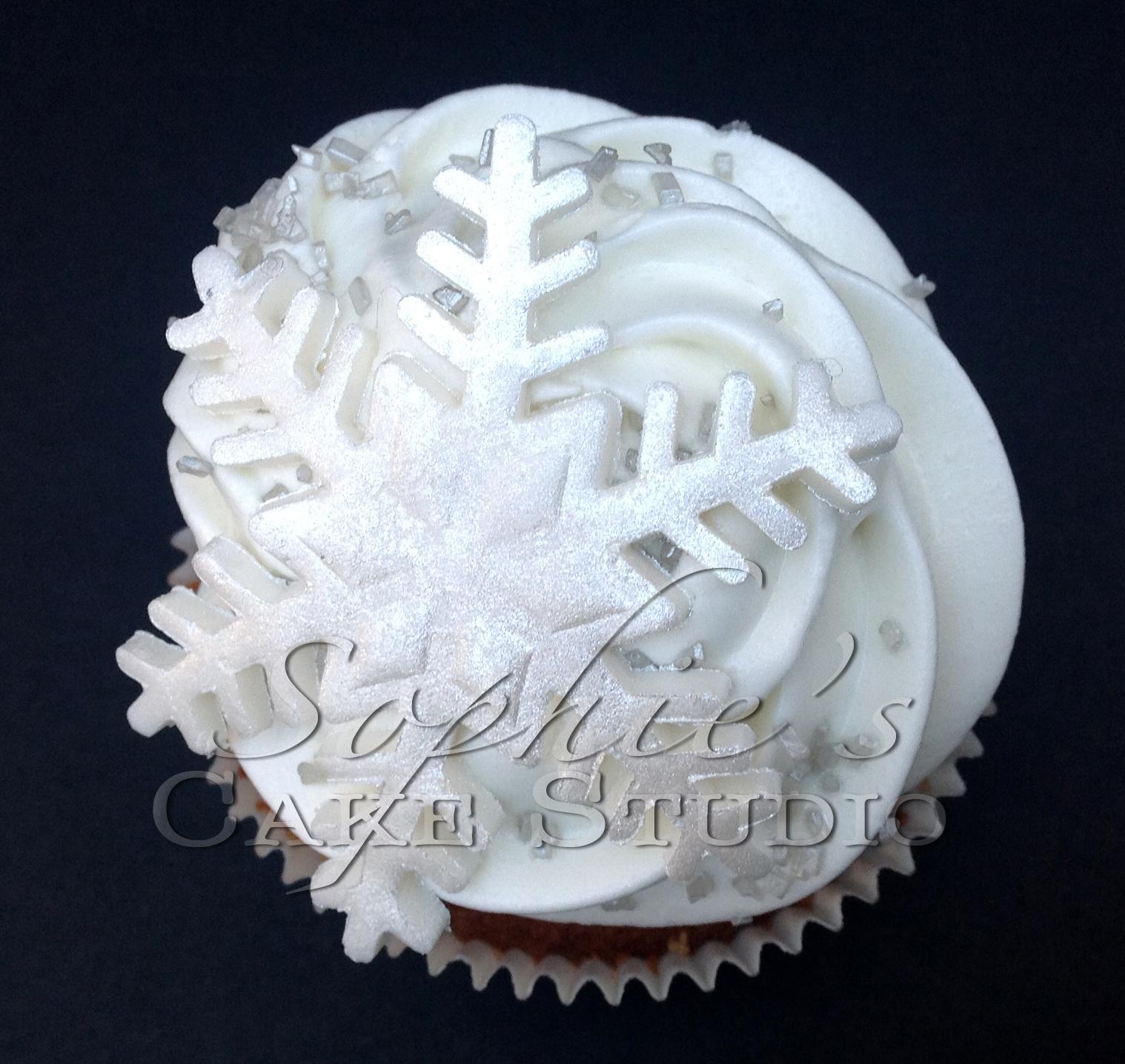 christmas cupcake3 watermark.jpg