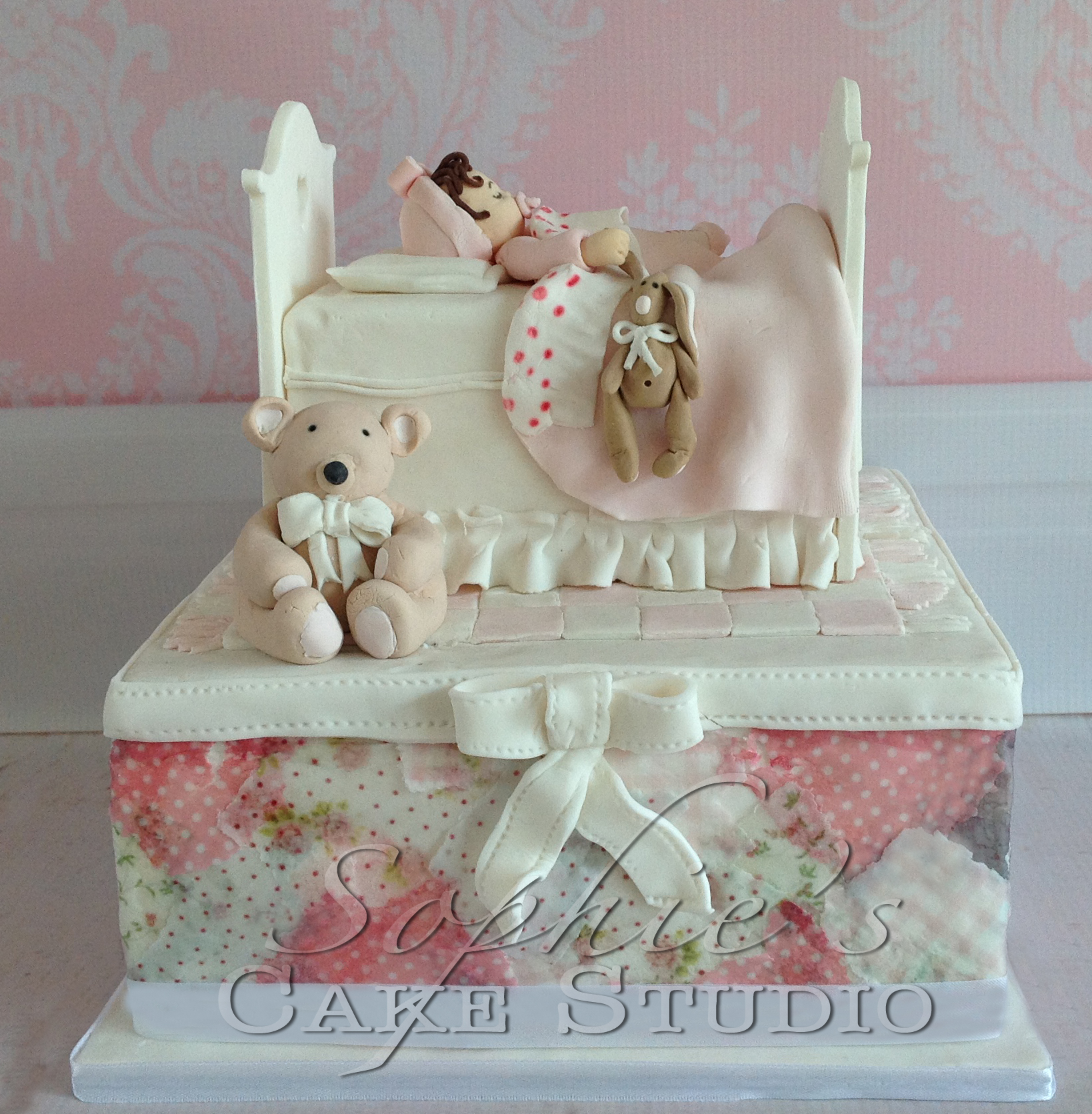 patchwork baby bed cake