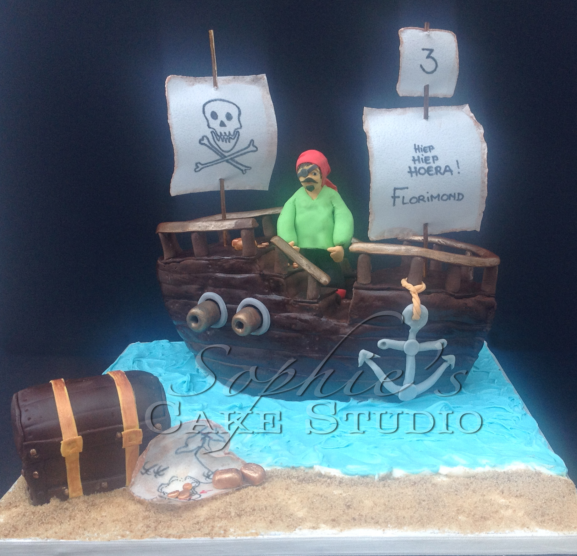 pirate cake waterm