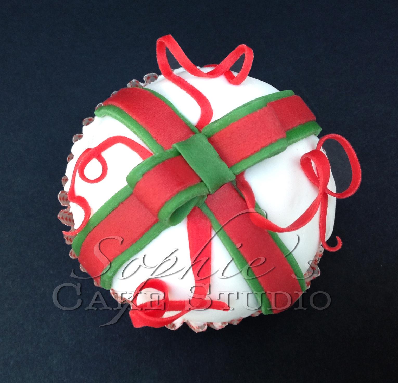 christmas cupcake5 watermark.jpg