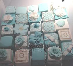 Tiffany mini wedding cakes