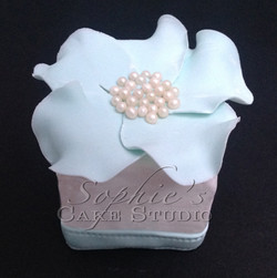 tiffany wedding cupcake4 watermark.jpg