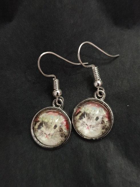 Bunny down ear glass earrings