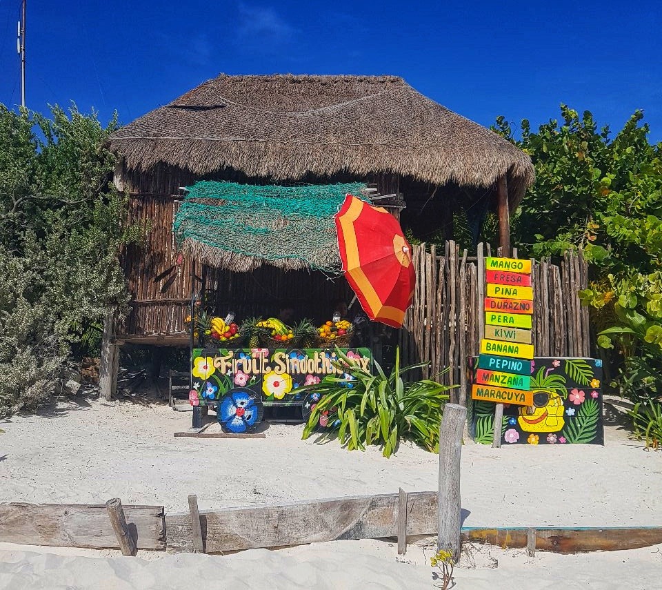 Tullums juice bar at the beach