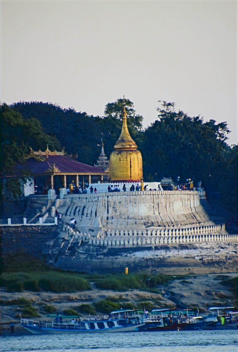 Bu Phaya Pagoda view from the Irrawaddy River