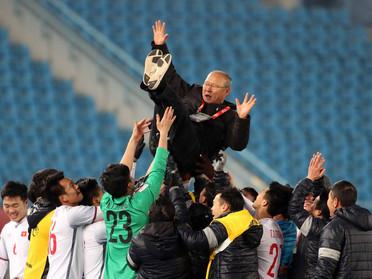 Chúng ta học được gì từ khả năng quản trị của HLV Park Hang Seo với thành công U23 Việt Nam?