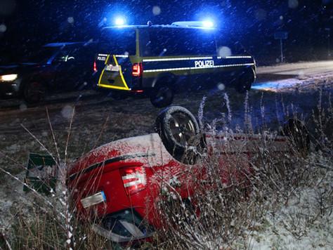 Verkehrsunfall nach einsetzendem Schnee
