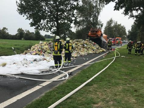In Collinghorst brannte ein Müllwagen