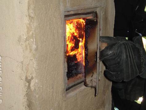 Vermeintlicher Dachstuhlbrand eines Wohnhauses