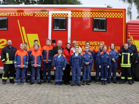 Großzügige Spende an die Kinder- und Jugendfeuerwehren im Landkreis Leer