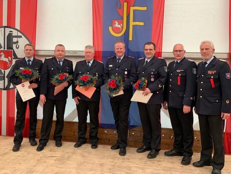 Johann Waten mit dem Deutschen Feuerwehr Ehrenkreuz in Silber geehrt - Delegiertentagung des Kreisfe