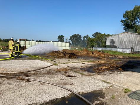 Feuer in Maschinenhalle