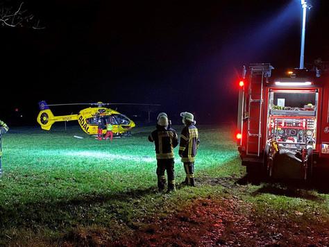 Feuer in Jübberde – Eine Person mit Brandverletzungen in Spezialklinikgeflogen
