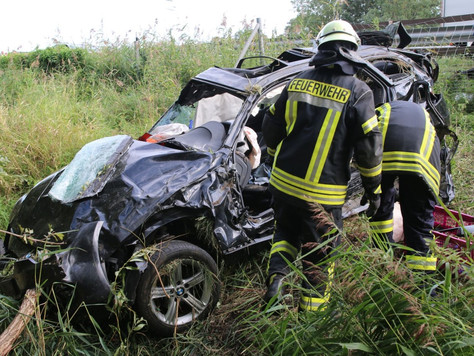 Verkehrsunfall auf der A28 mit tödlichem Ausgang