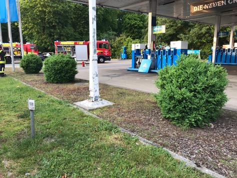 Rauch aus Zapfsäule – Alarm an der Tankstelle