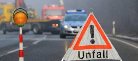 Verkehrsunfall auf der Autobahn Richtung Emden