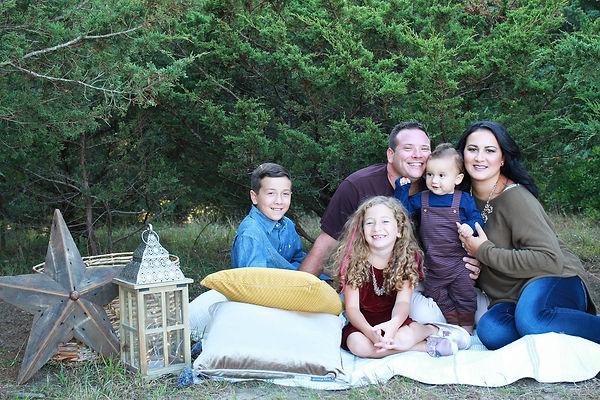 Fall Family Pic 2018.jpg