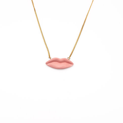 PINK M LIPS NECKLACE