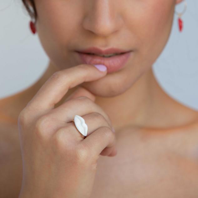 White S Ring & Red XS Hoop Earings