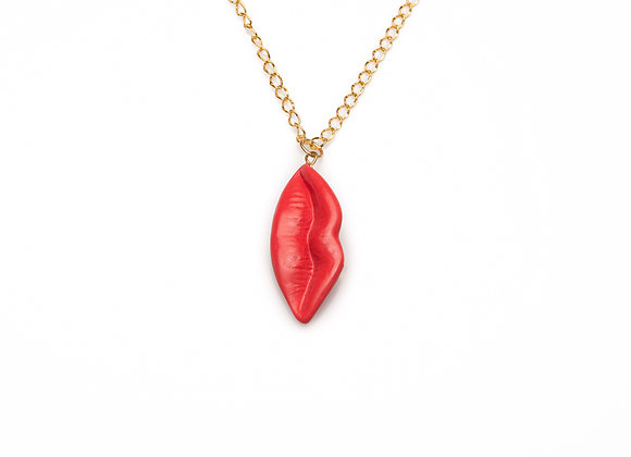 RED VERTICAL LIPS NECKLACE