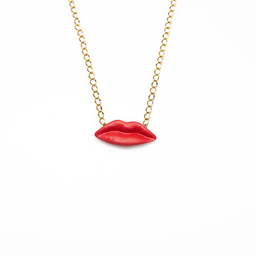 RED M KISS NECKLACE
